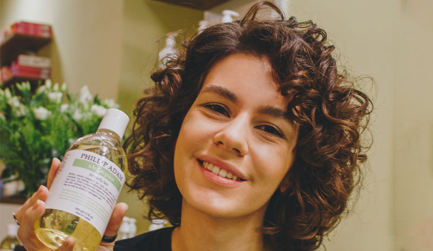 minty scent curly hair shampoo